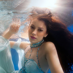 My Bride by Hartono Hosea - People Fashion