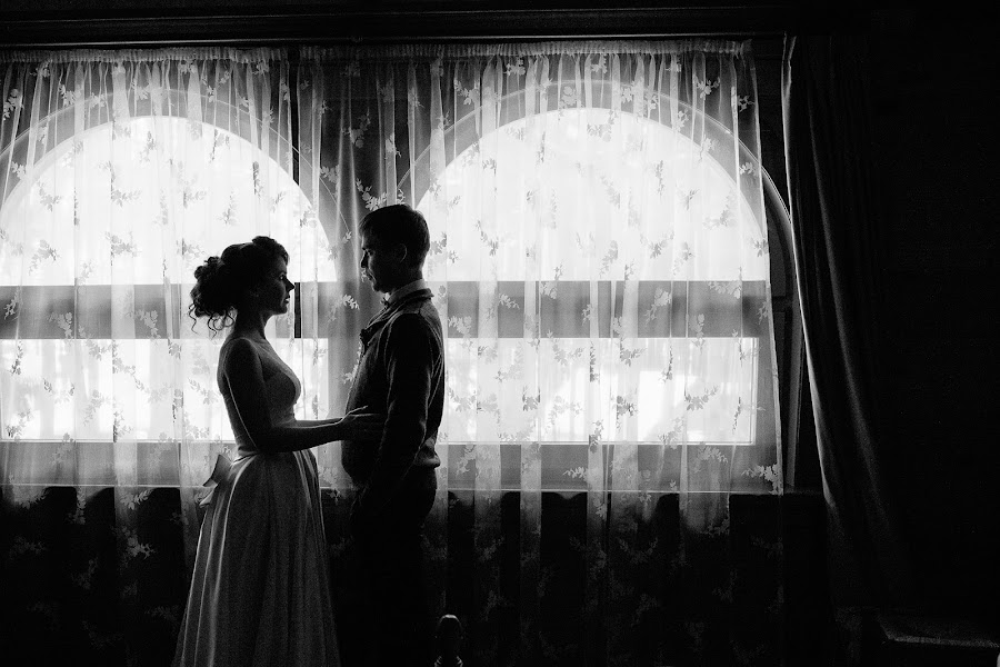 Wedding photographer Anatoliy Isaakov (IsakovAnatoliy1). Photo of 28.01.2015