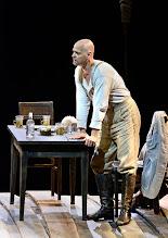 Photo: WIEN/ Burgtheater: WASSA SCHELESNOWA von Maxim Gorki. Premiere22.10.2015. Inszenierung: Andreas Kriegenburg. Dietmar König, Copyright: Barbara Zeininger