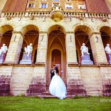 Wedding photographer Irina Kosmacheva (IrikaLux). Photo of 11.09.2014