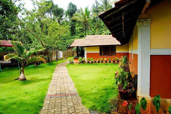 Chandragiri Bungalow