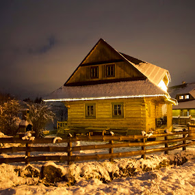 Chalupkovo-L.Štiavnica  -  Slovakia by Ferdinand Debnárik - Public Holidays Christmas ( forests, wooden houses, hill, nature, snow, bows, valley )