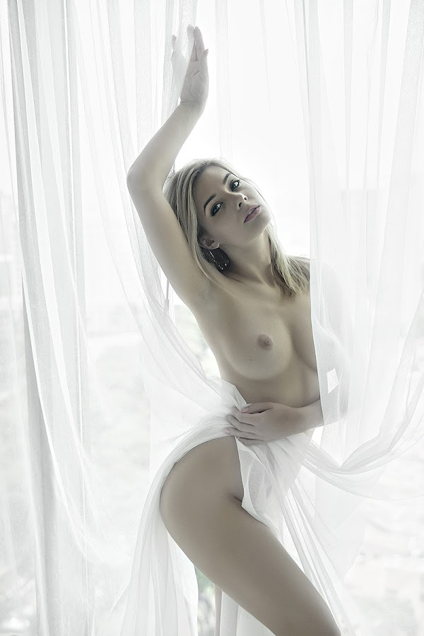 untitled by Fahn Photography - Nudes & Boudoir Artistic Nude