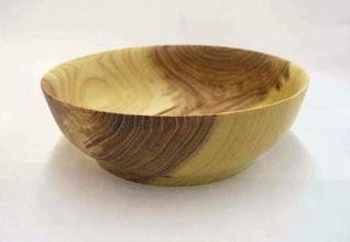 """Photo: Don Couchman - honey-locust bowl, ~7""""x2.5""""  [08.07]"""