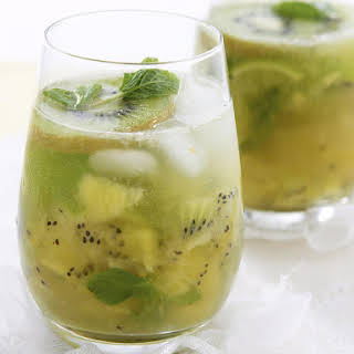 Kiwi Cocktail.