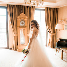 Wedding photographer Vyacheslav Svirskiy (Slavaaapost). Photo of 18.04.2018