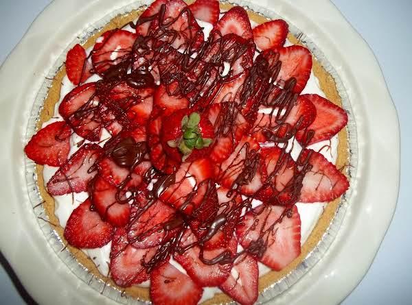 White Chocolate Strawberry Pie