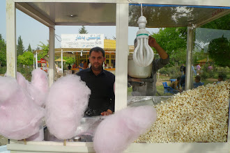 Photo: Popcorn seller, Erbil 2015