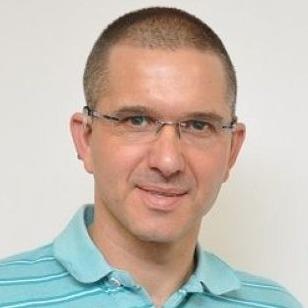 Oren T Dvoskin ,