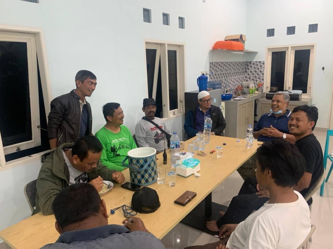 Bupati Gayo Lues Rumuskan Upaya Evakuasi Tim Off-road yang Terjebak di Aceh Tamiang