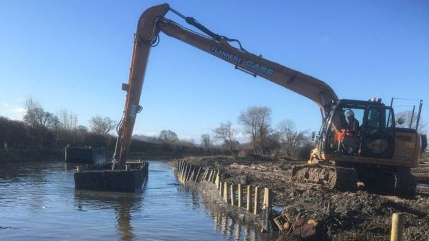 Canal clearing project underway
