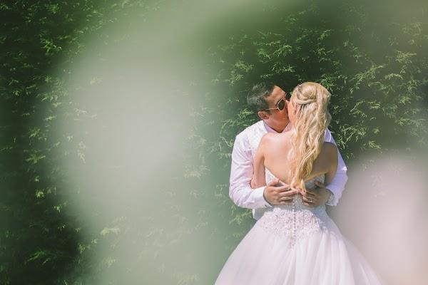 Wedding photographer Nik Bryant (nikbryantphoto). Photo of 11.06.2017