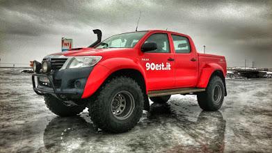Photo: Una delle nostre Toyota Hilux in Islanda. www.90est.it