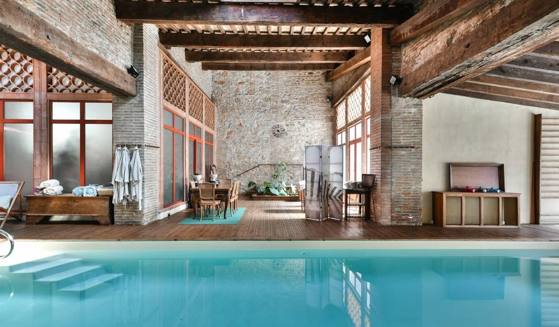 Propriété avec piscine et jardin Claira