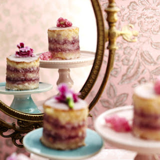 Mini Blackcurrant Cheesecakes.