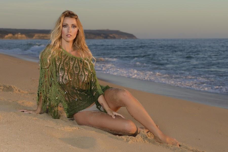 Rute Penedo by Paulo Jorge - People Portraits of Women ( beach )