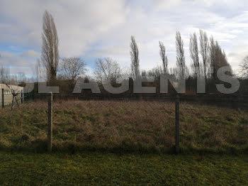 terrain à Magny-en-Vexin (95)