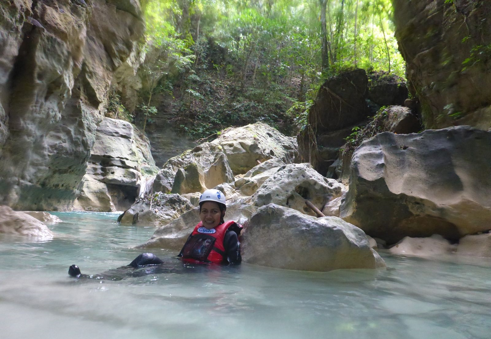 8b - Al Sabado resting while canyoning at Moalboal, Cebu, 2015.JPG
