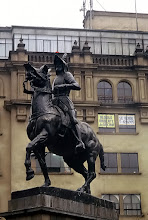 Photo: Lima, pomnik Pizarra na Plaza de Armas / Statue of Pizarro at the Plaza de Armas