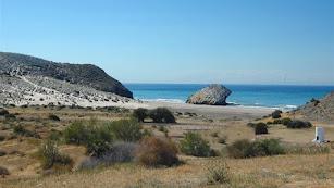 Playa de Mónsul, en el Parque Natural Cabo de Gata- Níjar.