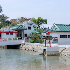 Kusu Island by Lye Danny - Buildings & Architecture Places of Worship