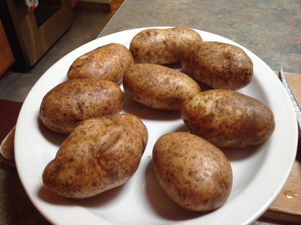 PREHEAT OVEN TO 425 DEGREES F. Wash & Pierce potatoes with fork or sharp...