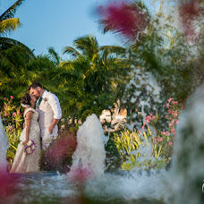Wedding photographer Nestor Meneses (nestormeneses). Photo of 01.12.2015