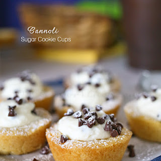 Cannoli Sugar Cookie Cups