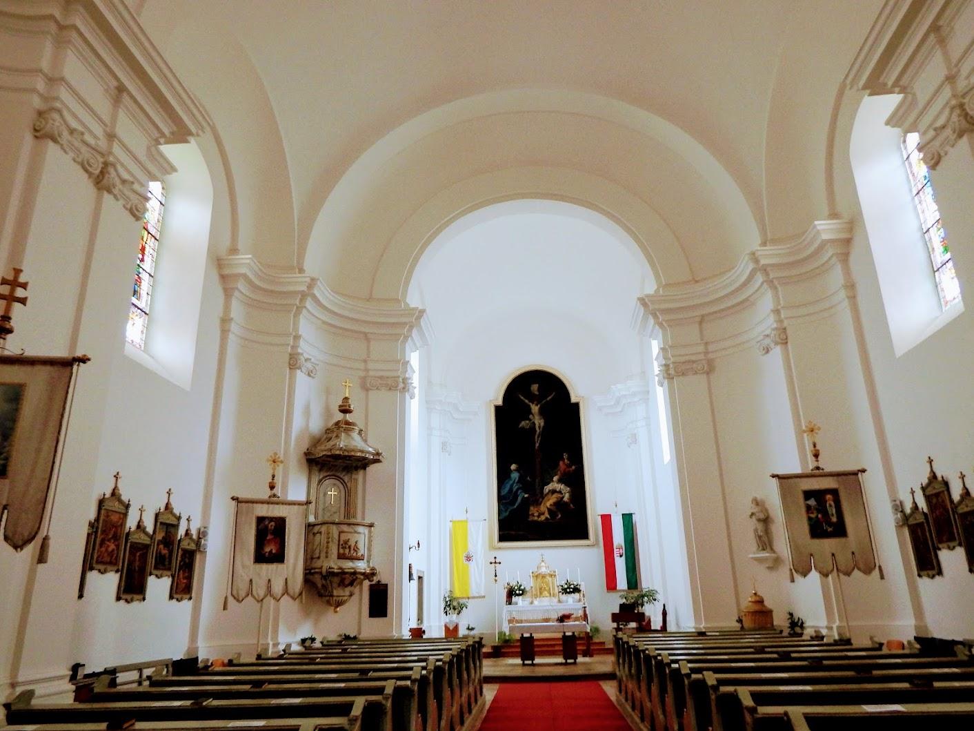 Visegrád - Keresztelő Szent János rk. templom