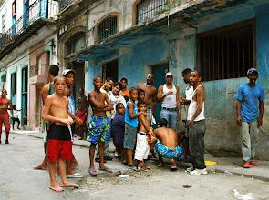 Photo: illegal gambling in havana. Tracey Eaton photo.