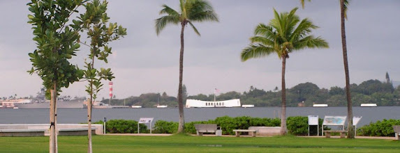 Photo: C1260003 Pearl Harbor - USS Arizona Memorial i ocalaly okret Missouri