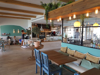 Beach House Bistro & Bakery