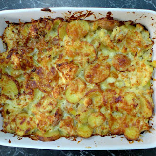 Cheesy Potato and Cauliflower Gratin