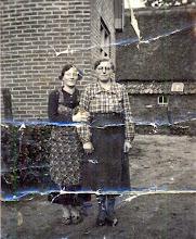 Photo: Trui Enting-Hilberts en Annechien Hilberts-Warring