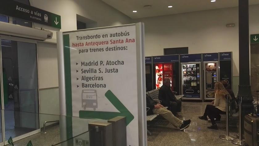 Granada y Murcia claman por un AVE que tendrán este año