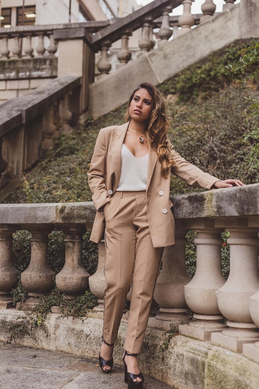 trending-formal-wear-women_image