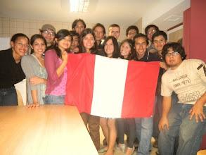 Photo: REIP France. Encuentro de Ingenieros Peruanos, jovenes talentos que están integrándose profesionalmente en Francia, estudiando masters, becados por el gobierno peruano. 2010.
