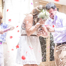 Wedding photographer Pablo Lloret (lloret). Photo of 18.12.2015