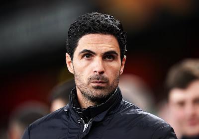 """📷 🎥 Arteta peste sur l'arbitrage: """"Leicester doit jouer à 10 après 42 minutes"""""""