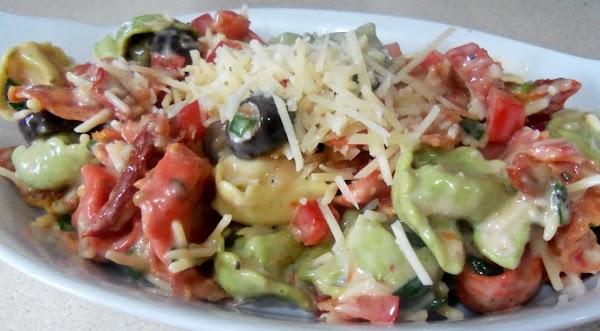 Peggi's Tortellini Salad Recipe
