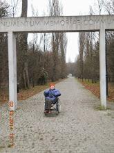 Photo: 02 XII 2014 roku - brama zabytkowego cmentarza