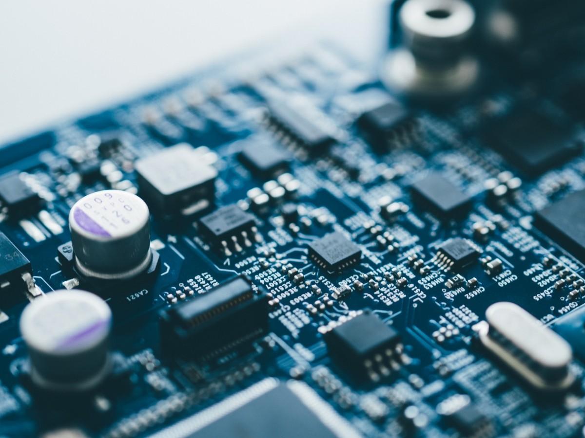 Linh kiện điện tử được sản xuất thông qua linh kiện công nghiệp