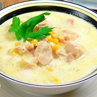 Slow Cooker Creamy Chicken Chowder.