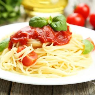 Smooth Tomato Basil Spaghetti