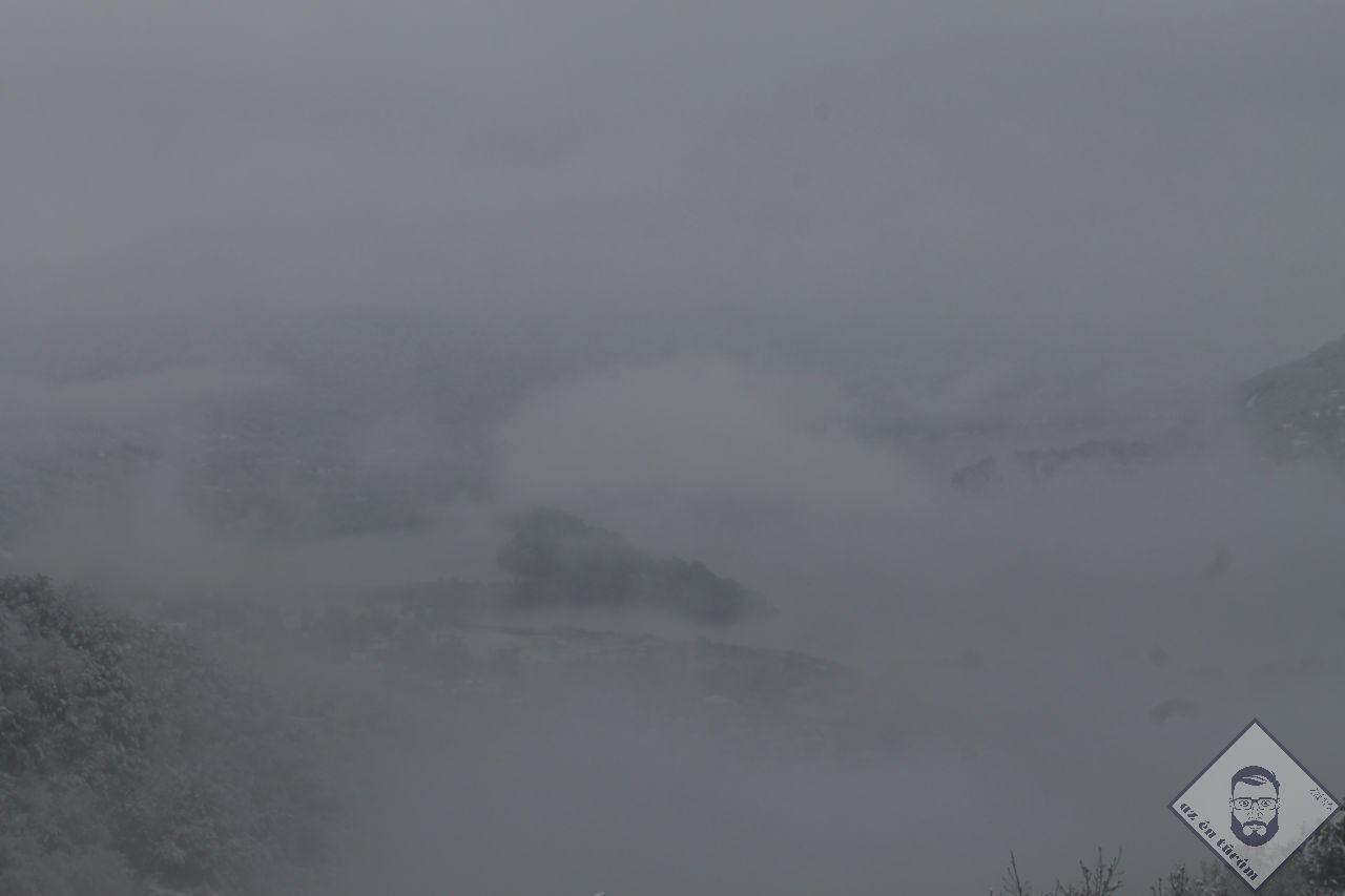 KÉP / A köd alatt valahol a Duna kanyarog