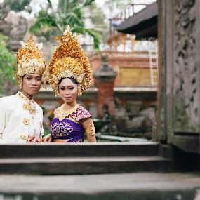 by Gesta Winantara - People Couples ( pwcwindow )