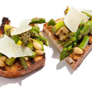 Grilled Asparagus Bruschetta