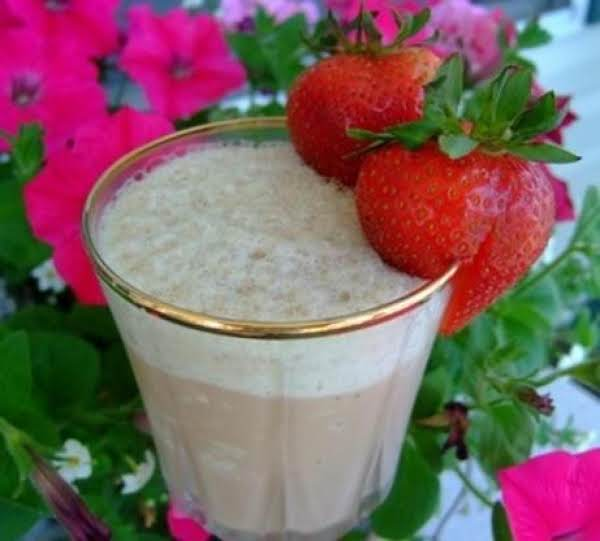 Cafe Chocolate Strawberry Frappe Recipe