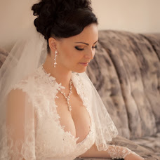 Wedding photographer Viktoriya Rur (Vicktoria). Photo of 02.02.2014