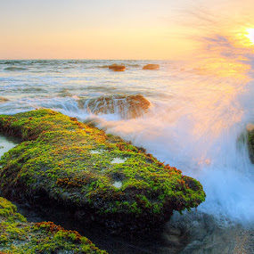 sunset and waves by Willy Brordus - Landscapes Waterscapes ( waves, sunset )